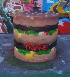 6c18e-burger-roskis1