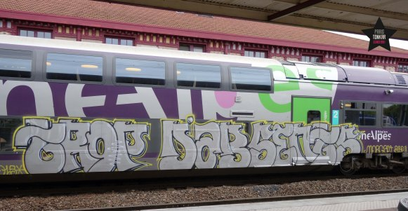 sainté train graffiti morgan rip copie
