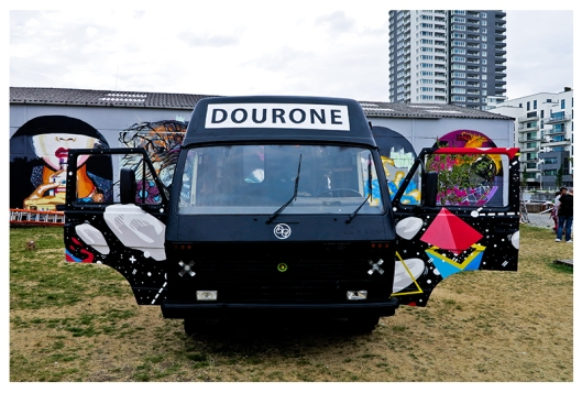 KOSMOPOLITE ART TOUR BRUXELLES 2015 PAR DOURONE