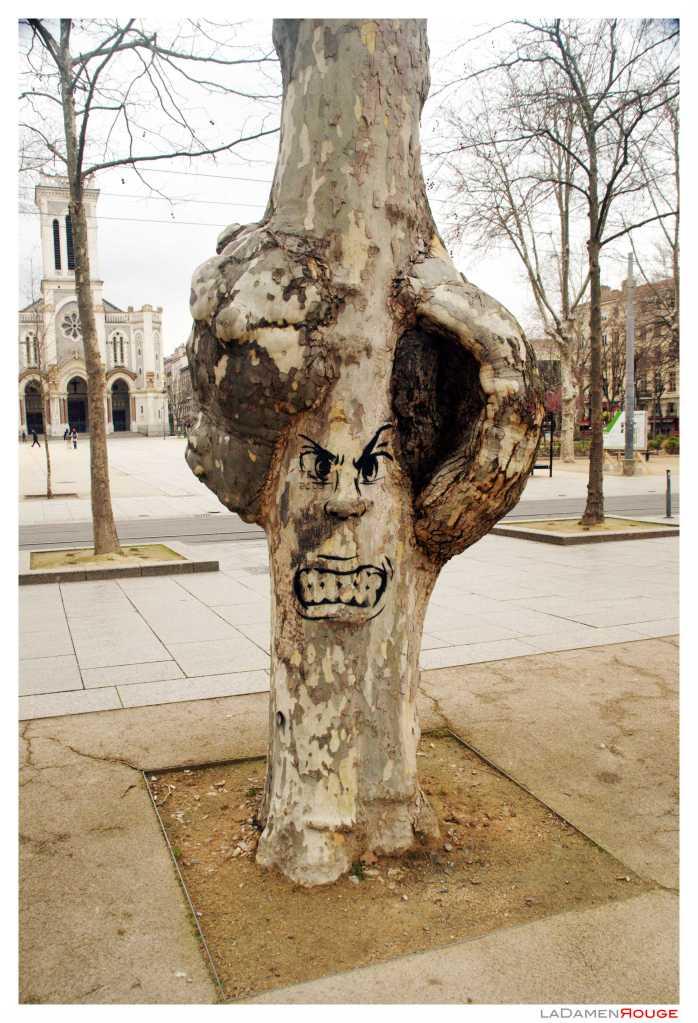 Ladamenrouge s-tree-t'art 1