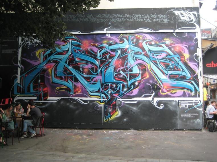 astro-le-mur-oberkampf