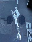 cycliste balais volant